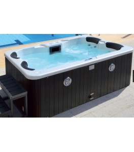 Colacril Palm Hot Tubs